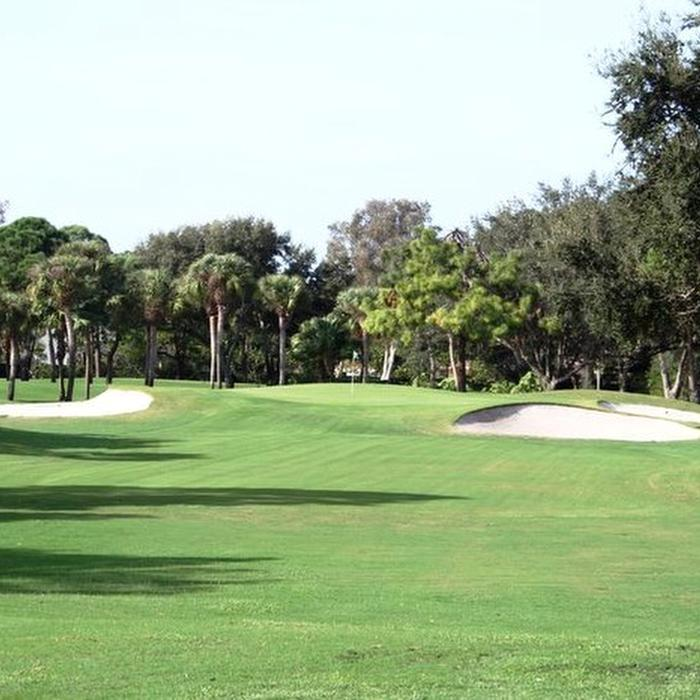 Hole 5 � Par 3: If you can avoid the 3 bunkers hugging both sides of the green you will be in great shape.  Be sure to fly the green to avoid the front slope � it will stop your ball where it lands.
